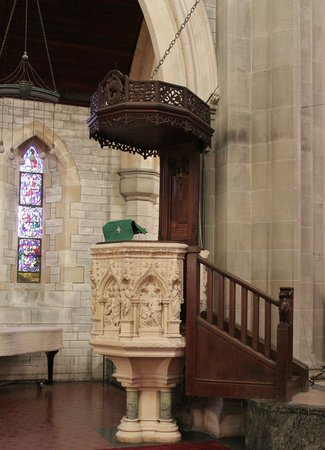 Cathedral of the Most Holy Trinity (Bermuda Cathedral): Pulpit...