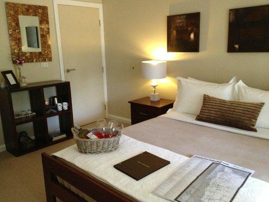 Llewellin's Guest House: Verandah Room