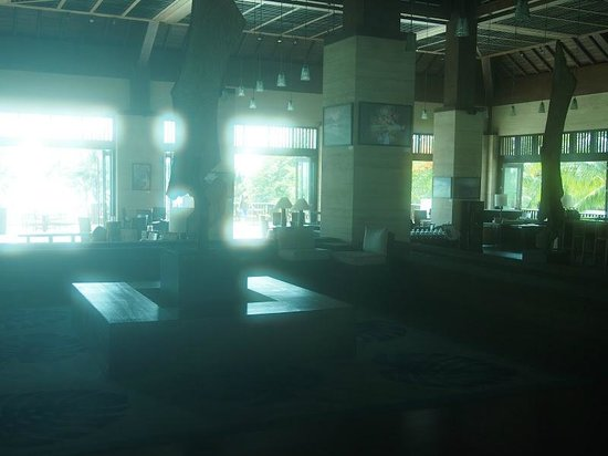 Conrad Bali: Lobby