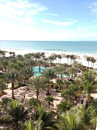 Marco Island Marriott Beach Resort, Golf Club & Spa: balcony view