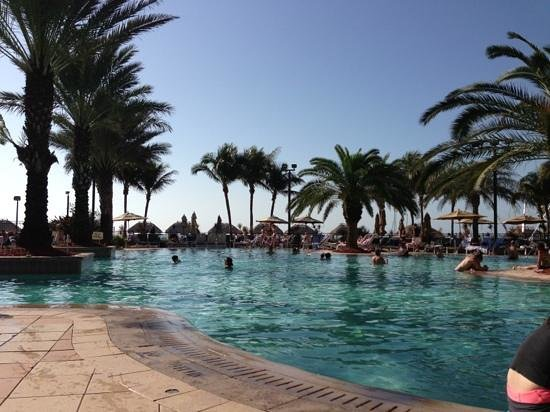 Marco Island Marriott Beach Resort, Golf Club & Spa: pool