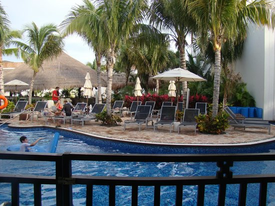 Azul Beach Resort Riviera Maya: View from our swim up in Villa 10