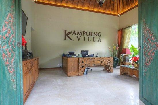 Kampoeng Villa: our lobby inside