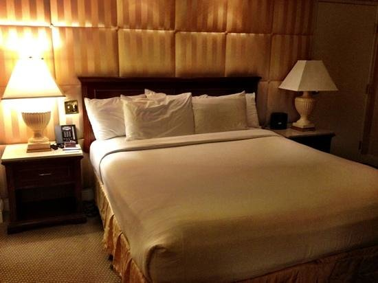 Monte Carlo Resort & Casino: really comfy bed:)