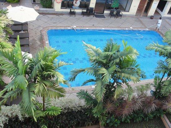 Sandalwood Hotel & Retreat: Pool