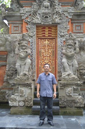 Pat-Mase, Villas at Jimbaran: Our best private tour guide