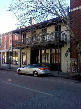 Quality Inn Downtown Historic District: Daulphin Street