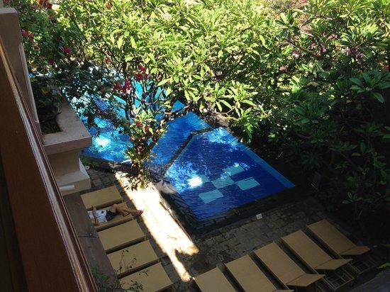 Green Garden: Pool View 3rd Floor