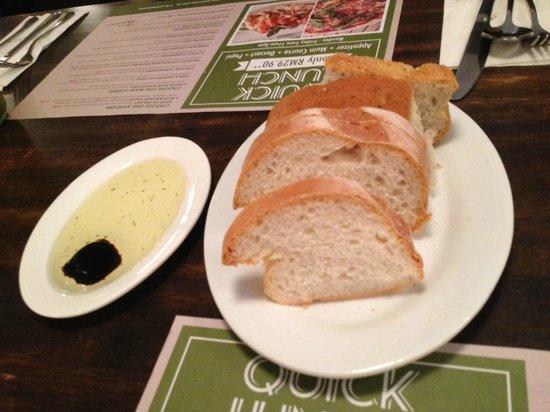 Italiannies: Starter herbal bread