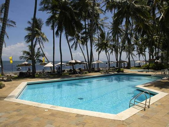 Kenya Bay Beach Hotel: Pool