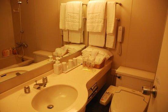 Suzuka Circuit Hotel: お風呂はユニットバスです。