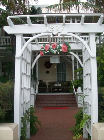 Southernmost Point Guest House: arrival gate