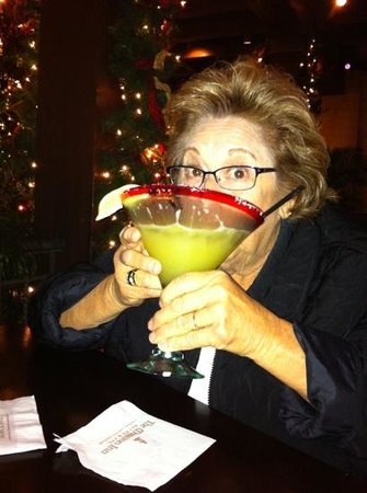 Mission Inn Restaurant: Sipping on Mission Inn Perfect Margarita