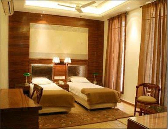 Silver Leaf Bed & Breakfast: suite room