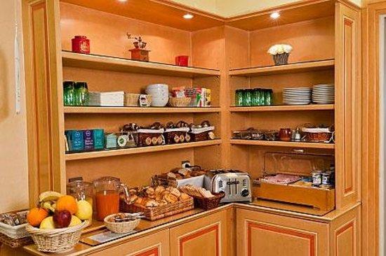 Hotel Harvey: Buffet du petit déjeuner