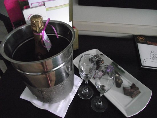 African Pride Mount Grace Country House & Spa : Champagne and Chocolate platter