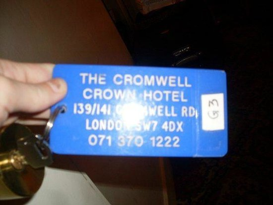 Cromwell Crown Hotel: room