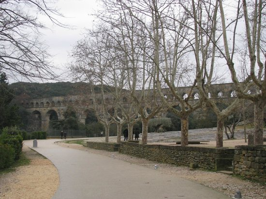 Kyriad Orange Centre: Pont du Gard, Nimes