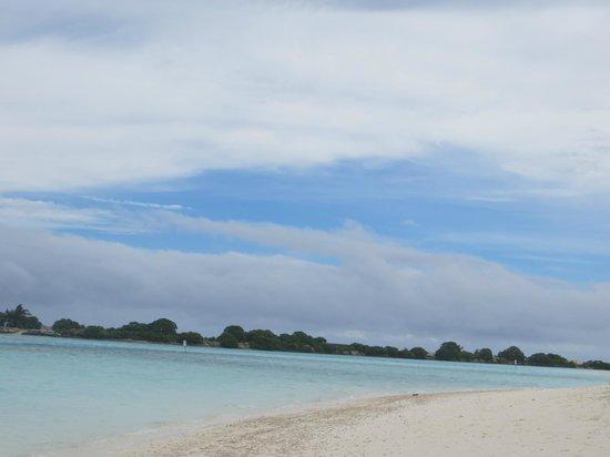 Paradise Island Resort & Spa: Beach