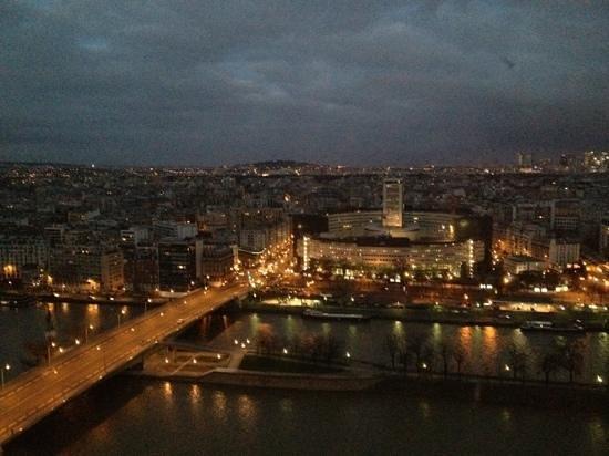 Novotel Paris Centre Tour Eiffel: vue de la chambre 2803