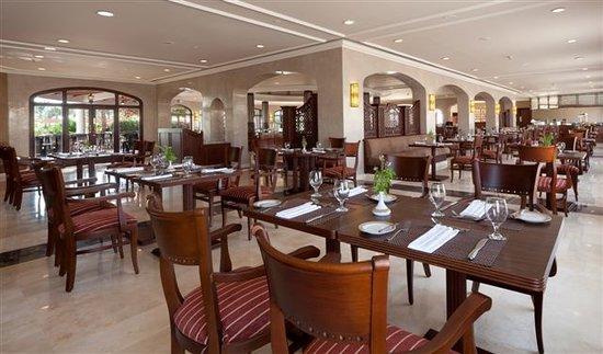 Iberotel Palace: La Coupole Restaurant