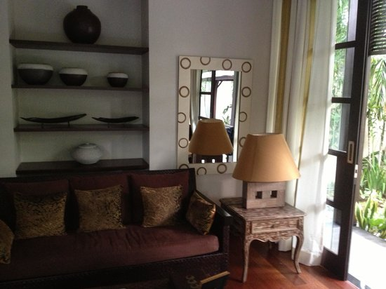 Villa de daun: Living room
