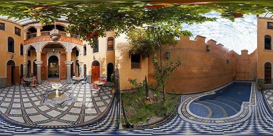 Riad Layalina Fez: Riad