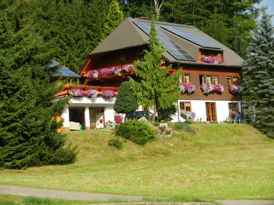 Schonach, Tyskland: Unser Haus im Sommer / Our house during summer season