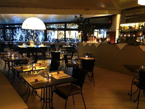 Bacan Oysteria: La Sala Ristorante