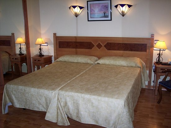 Hotel Castillo Lanjaron: Habitación doble