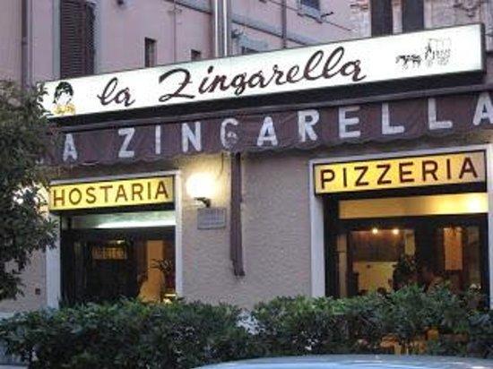 La Zingarella : Esterno
