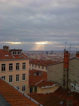 Croix-Rousse: Vue matinale de mon appartement