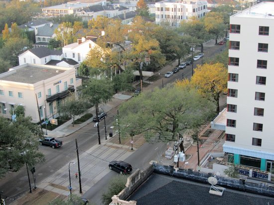 Avenue Plaza Resort: Looking down on St Charles St from room