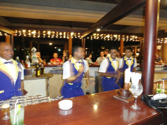 Iberostar Bavaro Suites: Bar.