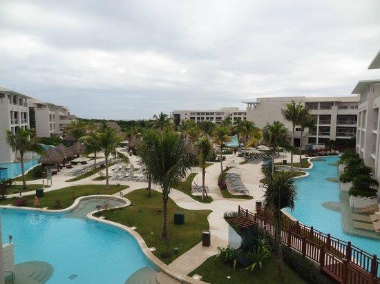 Paradisus Playa del Carmen La Perla: Vista de la habitacion