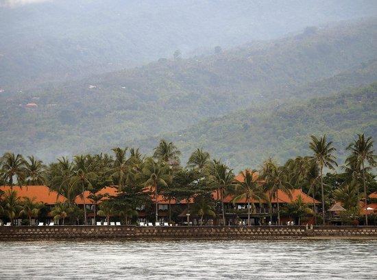 Nugraha Lovina Seaview Resort: Nugraha Lovina from the ocean