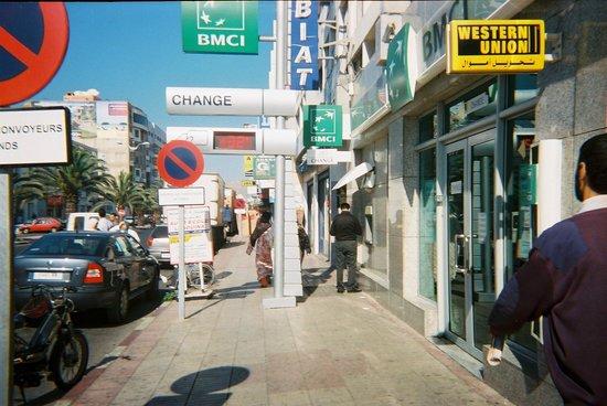 Residence ISNI : The busy Boulevard Hassan II