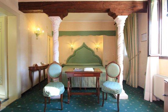 Giorgione Hotel: Camera Elegance
