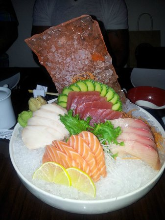 Tee Jay Thai Sushi in Wilton Manors: amazing sashimi