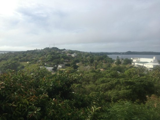 Hilltop Hotel : Neiafu e la baia