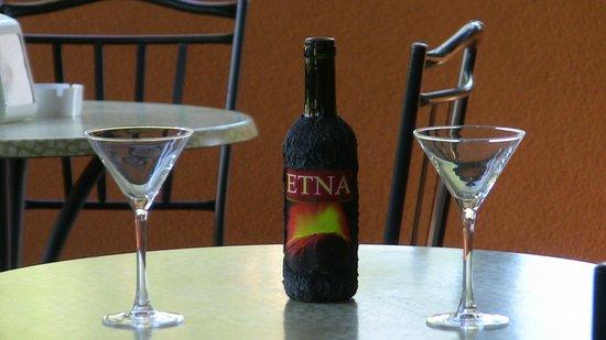 Hotel Alle Pendici Dell'Etna: vini dell'Etna