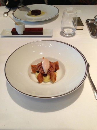 Amber at The Landmark Mandarin Oriental: chestnut ice-cream mille feuille