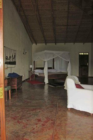 Ngorongoro Farm House, Tanganyika Wilderness Camps: Sleeping Area