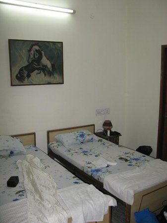 N.Homestay: Chambre twin beds