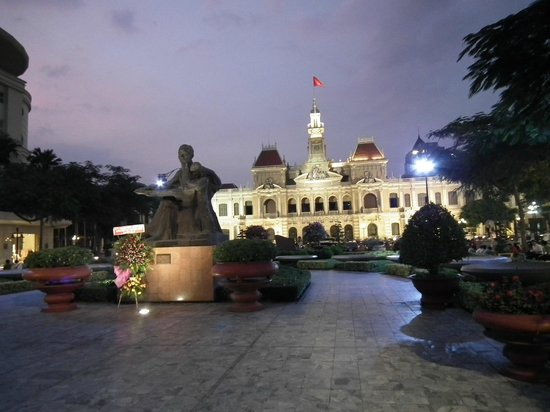 Caravelle Saigon:                   City Hall at Night