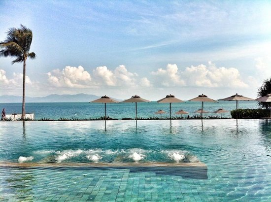 Hansar Samui Resort: infinity pool