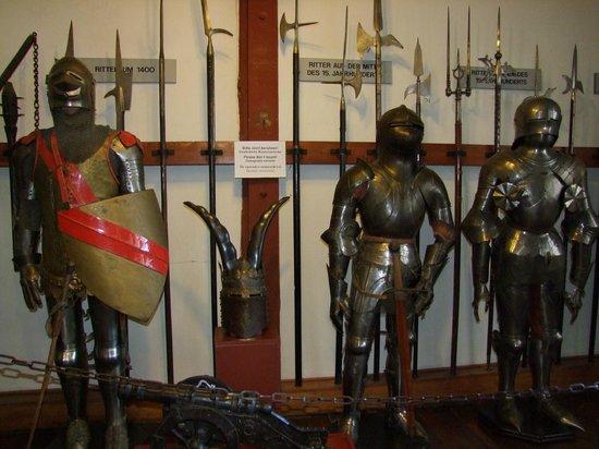 Marksburg Castle: armoury