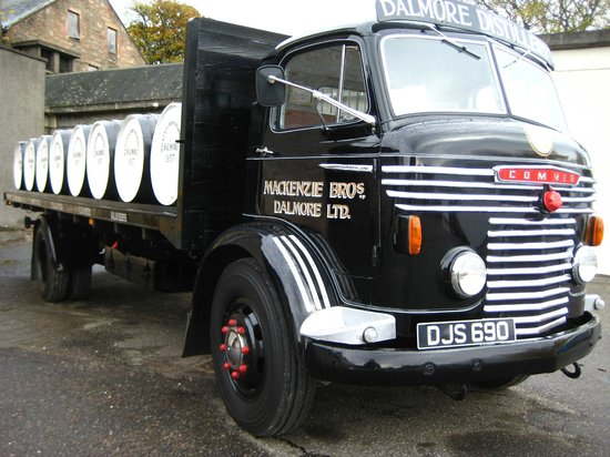 Dornoch Castle Hotel: The old Dalmore lorry