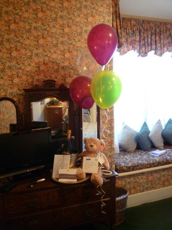 Gosby House Inn - A Four Sisters Inn: Special occasion arrival