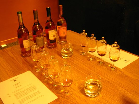 Dornoch Castle Hotel: Glenmorangie tasting